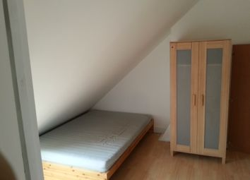 Thumbnail Room to rent in Wills Cresent, Whitton / Hounslow /Twickenham