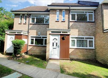 2 bed maisonette to rent in St Peters Close, Bushey WD23