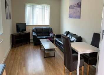 Thumbnail 5 bed property to rent in Parrs Wood Road, Didsbury, Manchester