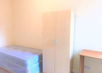 Thumbnail Room to rent in Ukraine Road, Salford