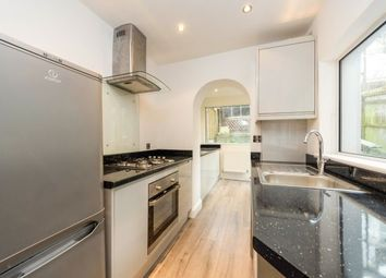 2 bed property to rent in Lower Road, Kenley CR8