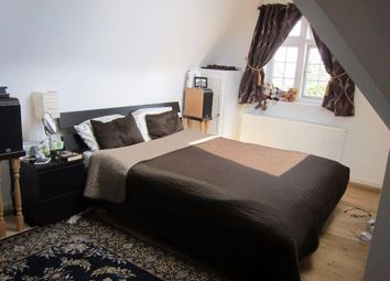 Thumbnail 4 bed flat to rent in Gunnersbury Avenue, London