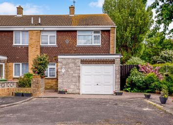 Thumbnail 3 bed town house for sale in Dunlin Close, Southsea