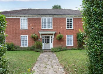 Allison House, St. Andrews Road, Henley-On-Thames, Oxfordshire RG9. 2 bed flat
