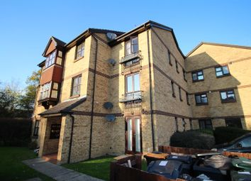 Thumbnail 1 bed flat to rent in Longacre Road, Singleton, Ashford