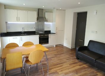 Thumbnail 1 bed flat to rent in Ravenscourt Gardens, Hammersmith