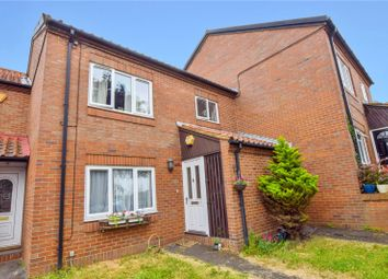 Thumbnail 1 bed property to rent in Barn Close, Hemel Hempstead, Hertfordshire