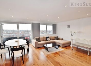 Thumbnail 3 bedroom flat to rent in Temple Fortune Lane, London
