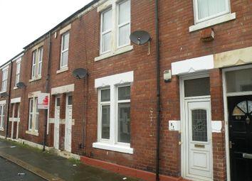 Thumbnail 2 bedroom flat to rent in Stanley Street, Wallsend