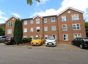 Thumbnail 2 bed flat for sale in Warren Down, Bracknell, Berkshire