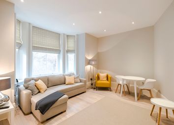 Thumbnail 1 bed flat to rent in Spanish Place, London