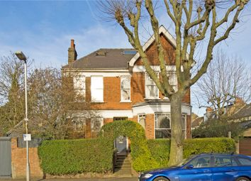 Thumbnail 6 bed property to rent in Oakfield Road, London