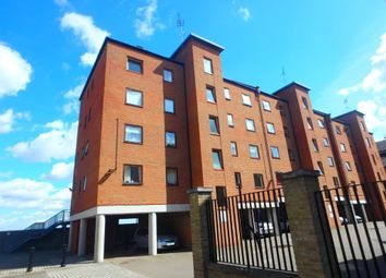 Thumbnail 2 bedroom flat for sale in West Street, Gravesend