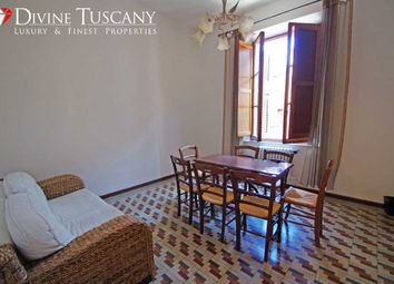 Thumbnail 3 bed town house for sale in Via Del Poggiolo, Montepulciano, Siena, Tuscany, Italy