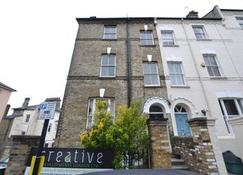 Thumbnail 4 bed property to rent in Willow Road, London