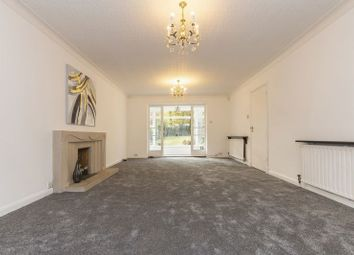 Thumbnail 5 bed property to rent in Bracken Drive, Chigwell