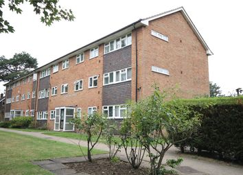 Thumbnail 3 bed flat to rent in Pampisford Road, South Croydon, Surrey