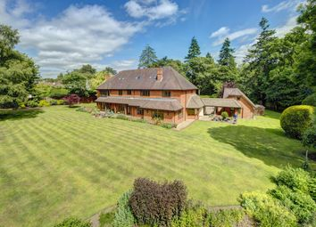 Thumbnail 6 bed detached house to rent in Grimms Hill, Great Missenden