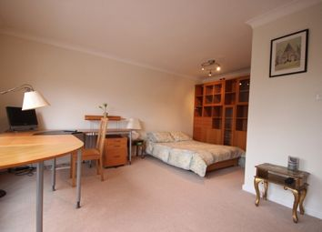 Thumbnail Studio to rent in Thorn Tree Court, Park View Road, Ealing, London
