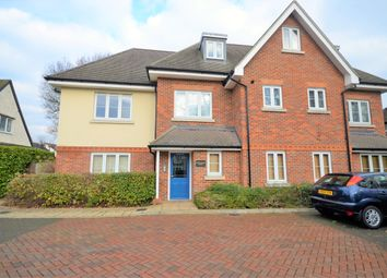 Thumbnail 2 bed flat to rent in Midsummer Lodge, 30 Rickmansworth Road, Amersham, Buckinghamshire
