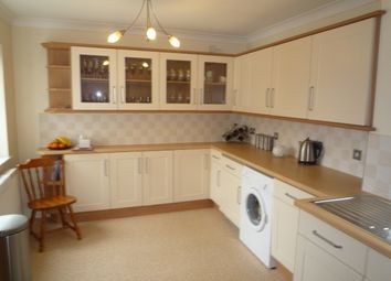 Thumbnail 3 bed detached bungalow to rent in Riverside Drive, Sprotbrough, Doncaster