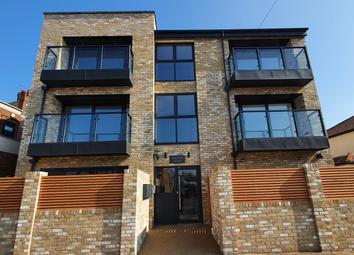 1 bed flat to rent in 1A Wellington Avenue, Blackfen, Sidcup DA15