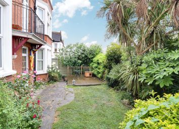 3 bed flat for sale in Cobham Road, Westcliff-On-Sea SS0