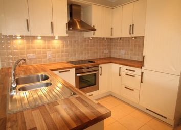 Thumbnail 2 bedroom flat to rent in Overton Road, Sutton