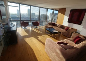 Thumbnail 1 bed flat to rent in West India Quay, Hertsmere Road