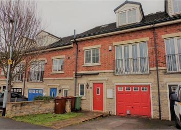 Thumbnail 3 bed town house for sale in Meadowfield Rise, Wakefield