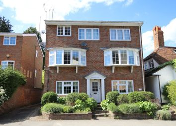 Thumbnail 2 bedroom flat to rent in Kings Road, Henley-On-Thames