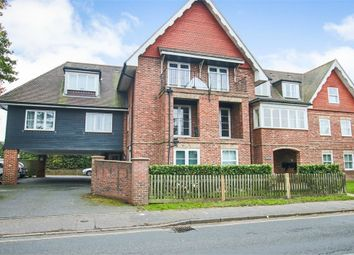 Thumbnail Flat for sale in Moat Road, East Grinstead, West Sussex