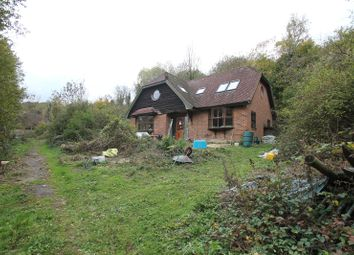 Thumbnail 3 bed detached house for sale in Wilsons Way, Meopham, Gravesend, Kent