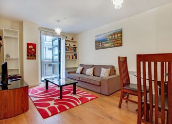 Thumbnail 2 bed flat to rent in Southgate Road, Islington