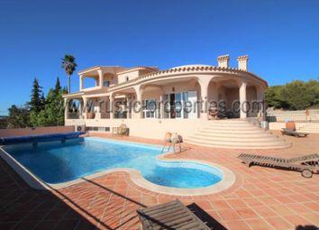 Thumbnail 4 bed villa for sale in Santa Bárbara De Nexe, Santa Bárbara De Nexe, Faro