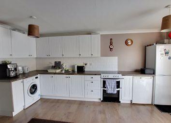Thumbnail 1 bed flat to rent in Kenilworth Gardens, Melksham