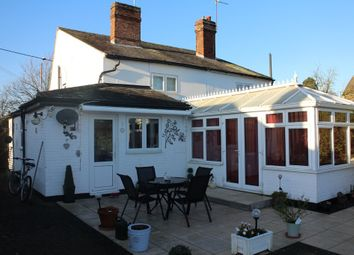 Thumbnail 2 bed cottage for sale in London Road, Black Notley, Braintree
