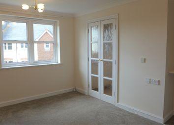 Thumbnail 1 bed flat to rent in Kings Court, Salisbury Street, Fordingbridge, Hampshire