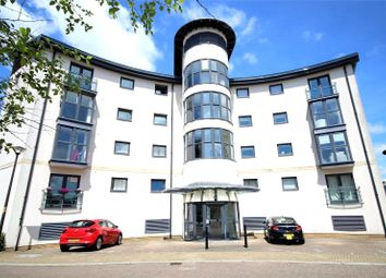 2 bed flat to rent in Holly Court, Angel Ridge, Swindon, Wiltshire SN1