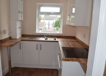 Thumbnail 1 bed flat to rent in Middle Street South, Driffield