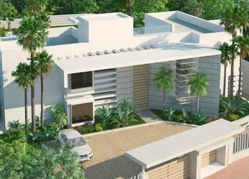 Thumbnail 4 bed villa for sale in San Pedro Alcantara, Malaga, Spain