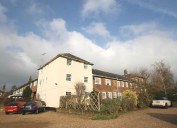 Thumbnail 2 bed flat to rent in Tring Station, Tring
