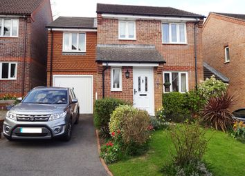 Thumbnail 4 bed link-detached house for sale in Pellings Farm Close, Crowborough