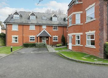 2 bed flat for sale in Junction Road, Andover SP10