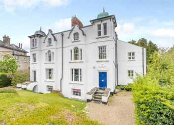 Thumbnail 1 bed flat for sale in Donnington Square, Newbury, Berkshire