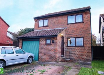 Thumbnail 4 bed detached house for sale in Bencroft, Cheshunt, Waltham Cross