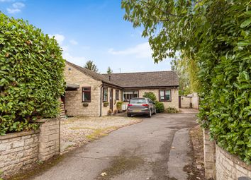 Thumbnail 6 bed detached bungalow to rent in Cassington Road, Yarnton, Kidlington