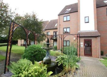 2 bed flat to rent in Dunlin Wharf, The Moorings, Castle Marina NG7
