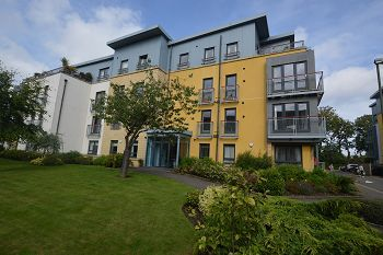 Thumbnail 2 bedroom flat to rent in Barnton Grove, Barnton, Edinburgh