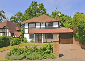 Thumbnail 4 bed detached house for sale in Canons Close, Radlett